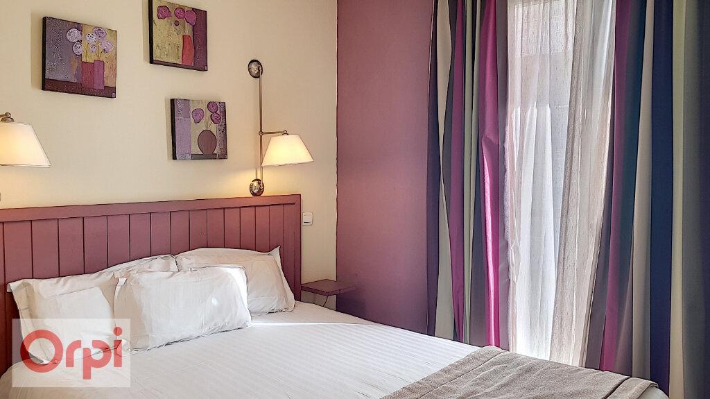 Appartement à louer 2 36.47m2 à Cannes vignette-4