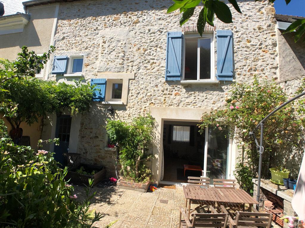 Maison à vendre 6 121m2 à Menucourt vignette-1