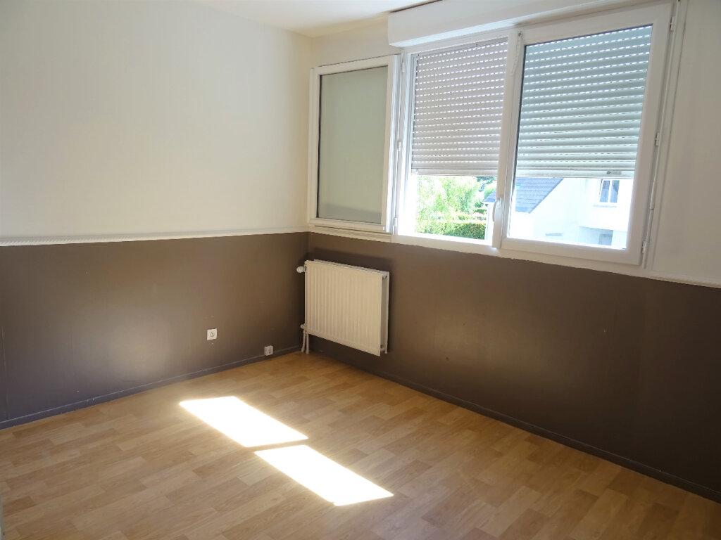 Appartement à louer 2 56m2 à Menucourt vignette-5