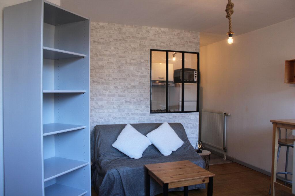 Appartement à louer 1 27m2 à Courdimanche vignette-4