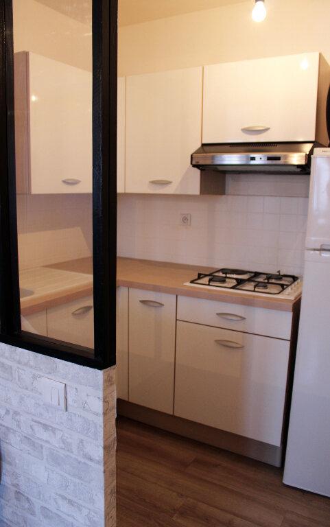 Appartement à louer 1 27m2 à Courdimanche vignette-6