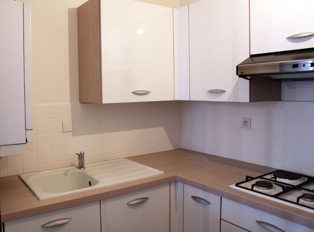Appartement à louer 1 27m2 à Courdimanche vignette-10