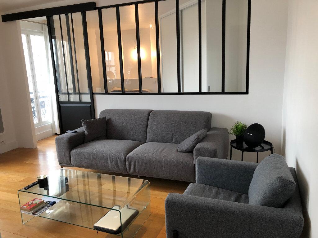 Appartement à louer 2 31.55m2 à Paris 10 vignette-1