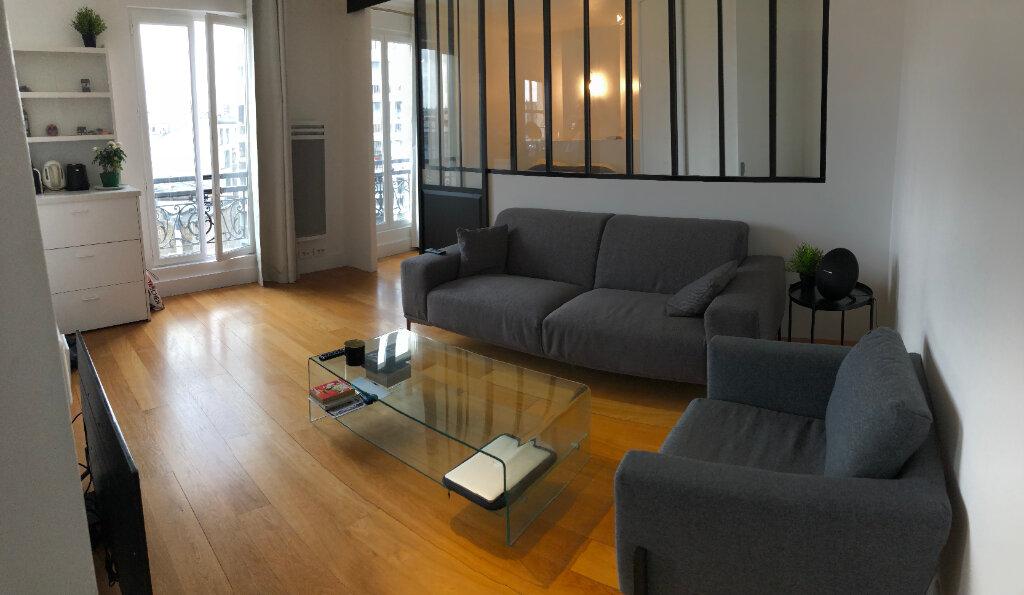Appartement à louer 2 31.55m2 à Paris 10 vignette-2