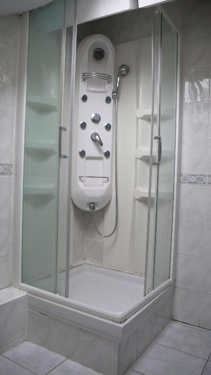 Appartement à louer 3 65m2 à Cosne-Cours-sur-Loire vignette-5
