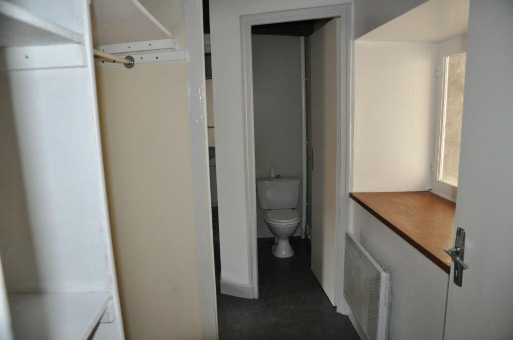Appartement à louer 3 56m2 à Cosne-Cours-sur-Loire vignette-5