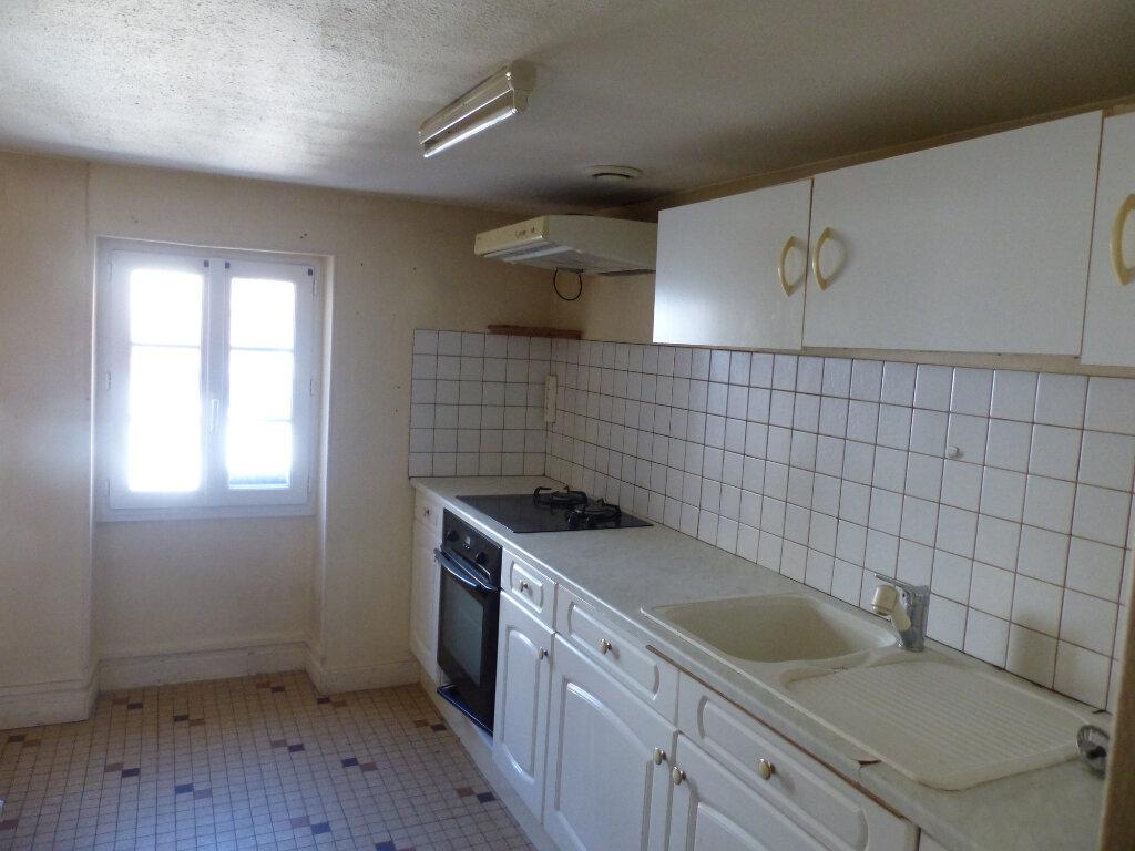 Appartement à louer 3 85m2 à Cosne-Cours-sur-Loire vignette-10