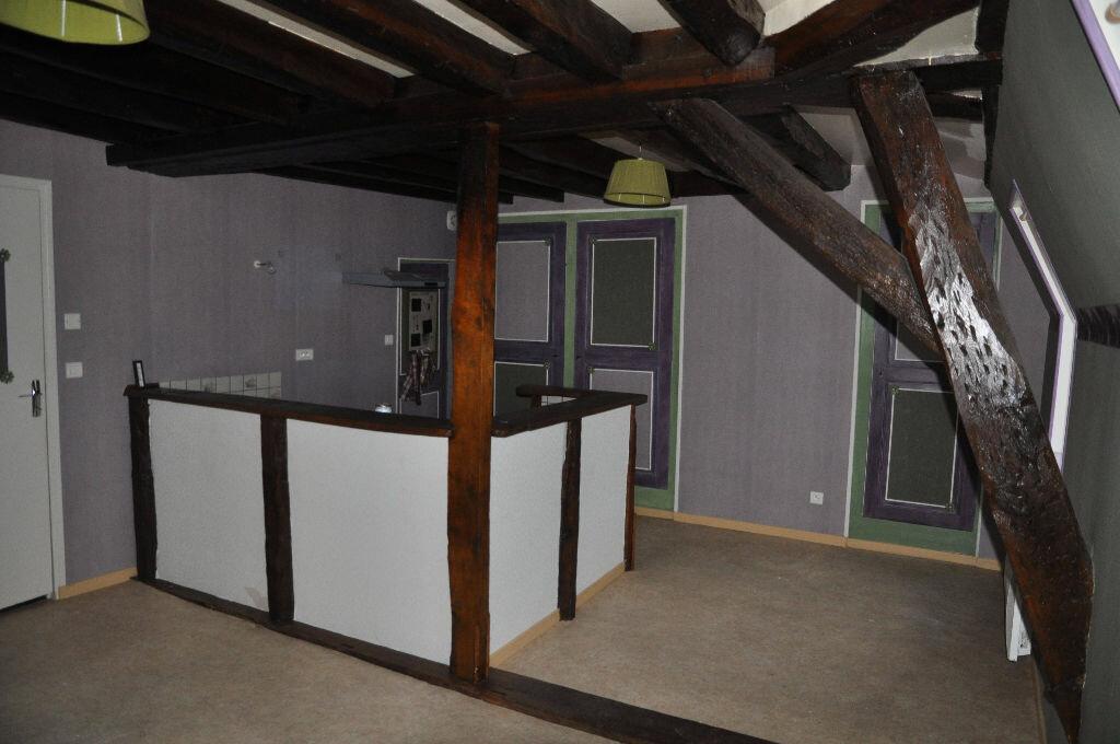 Appartement à louer 4 97m2 à Cosne-Cours-sur-Loire vignette-6