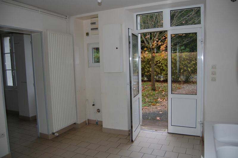 Maison à louer 4 81m2 à Vinon vignette-4