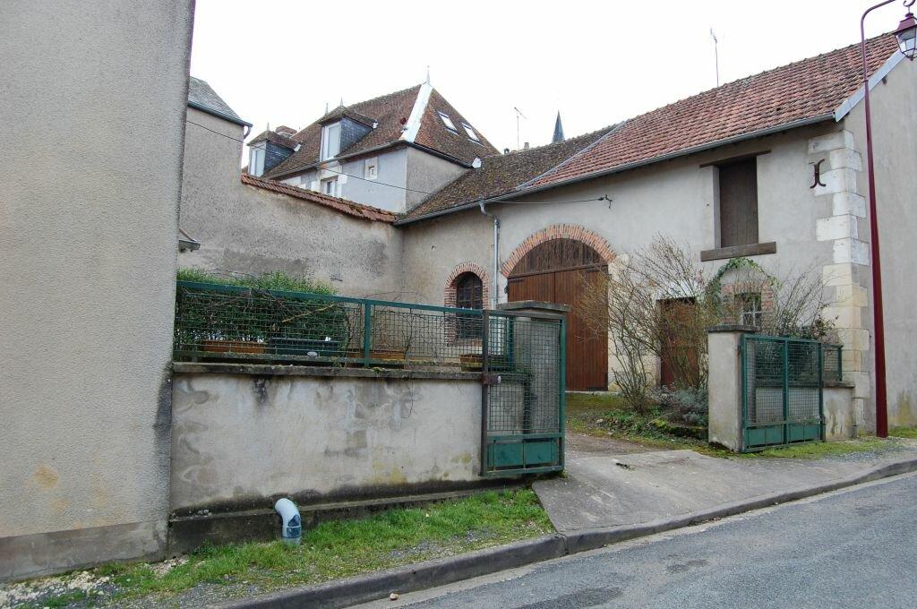 Maison à louer 3 90m2 à Sainte-Gemme-en-Sancerrois vignette-1