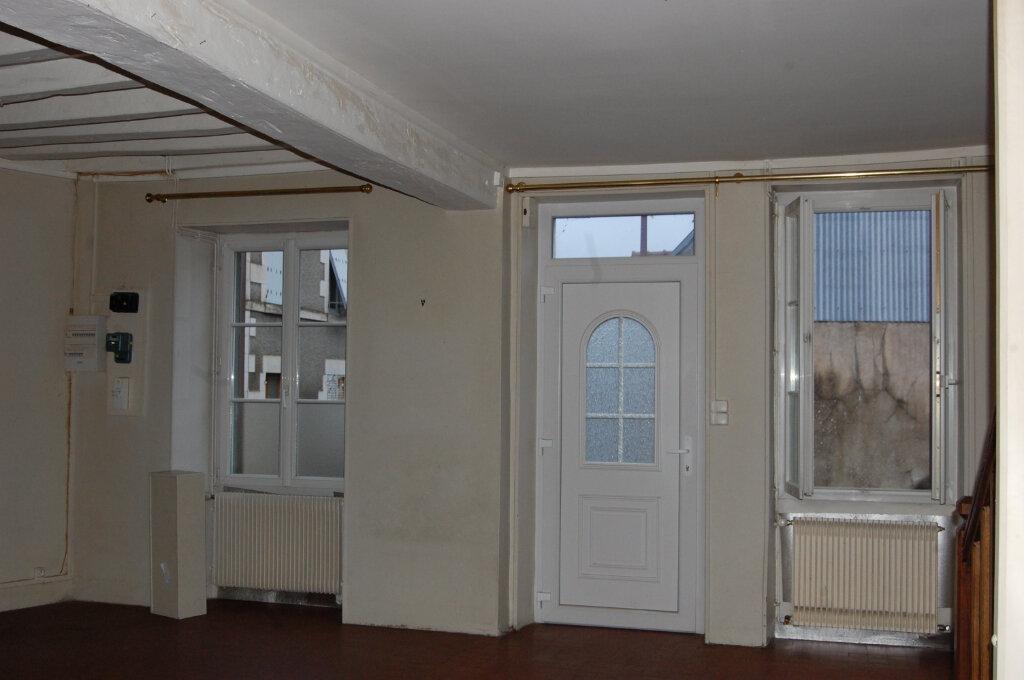 Maison à louer 3 90m2 à Sainte-Gemme-en-Sancerrois vignette-4