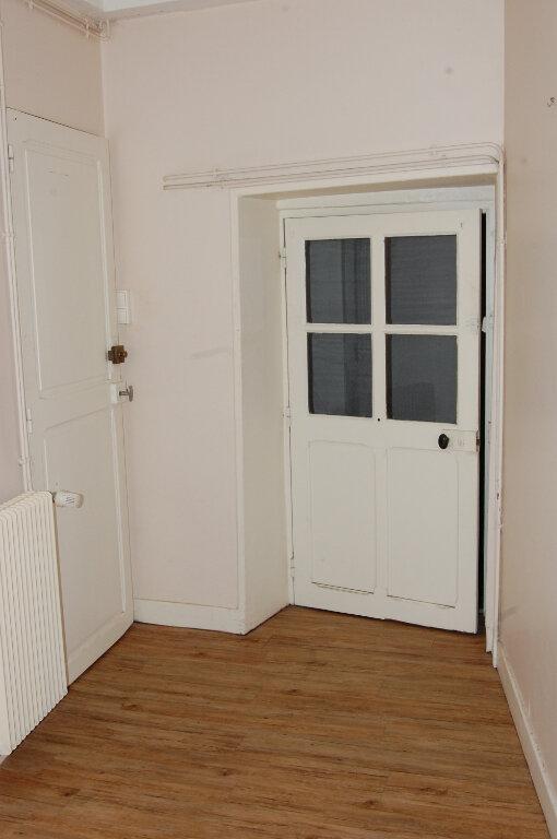 Maison à louer 3 90m2 à Sainte-Gemme-en-Sancerrois vignette-7