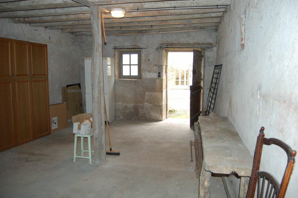 Maison à louer 3 90m2 à Sainte-Gemme-en-Sancerrois vignette-16