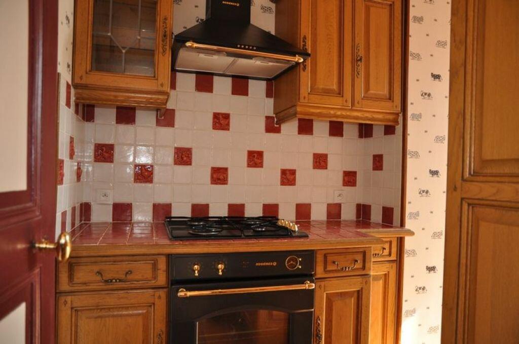 Maison à louer 4 78m2 à Pouilly-sur-Loire vignette-4