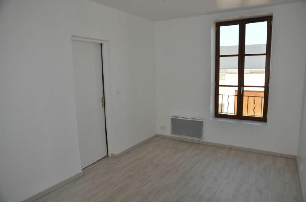 Maison à louer 4 78m2 à Pouilly-sur-Loire vignette-6