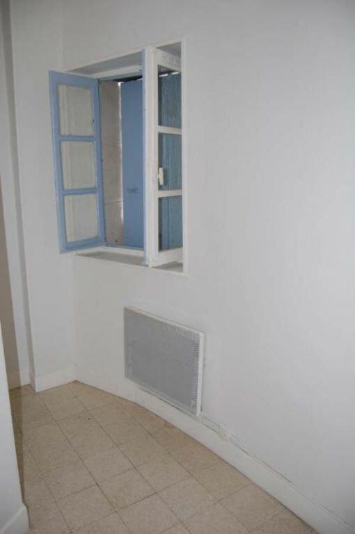 Appartement à louer 1 31m2 à Saint-Satur vignette-5
