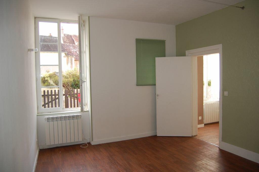 Appartement à louer 2 35m2 à Sancerre vignette-5