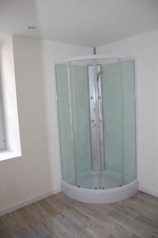 Appartement à louer 2 84m2 à Saint-Satur vignette-8