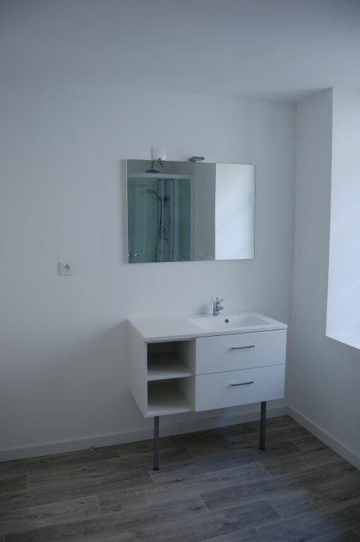 Appartement à louer 2 84m2 à Saint-Satur vignette-9