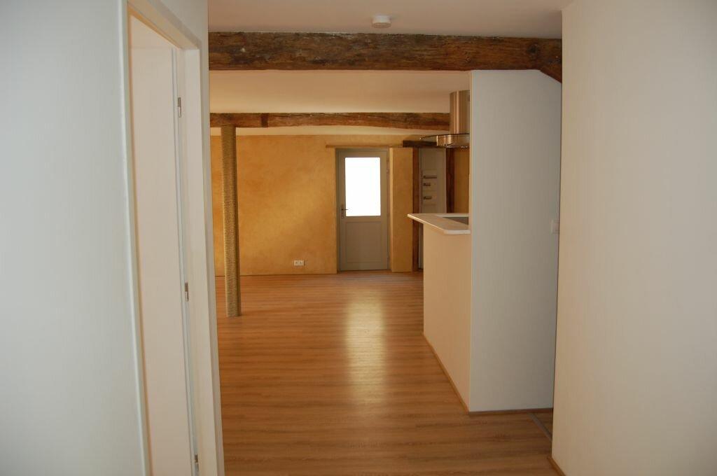 Appartement à louer 2 84m2 à Saint-Satur vignette-10