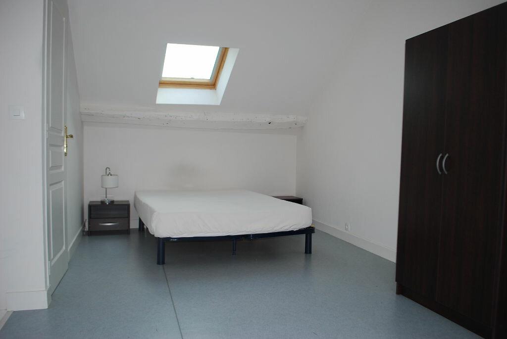 Appartement à louer 2 33m2 à Cosne-Cours-sur-Loire vignette-3