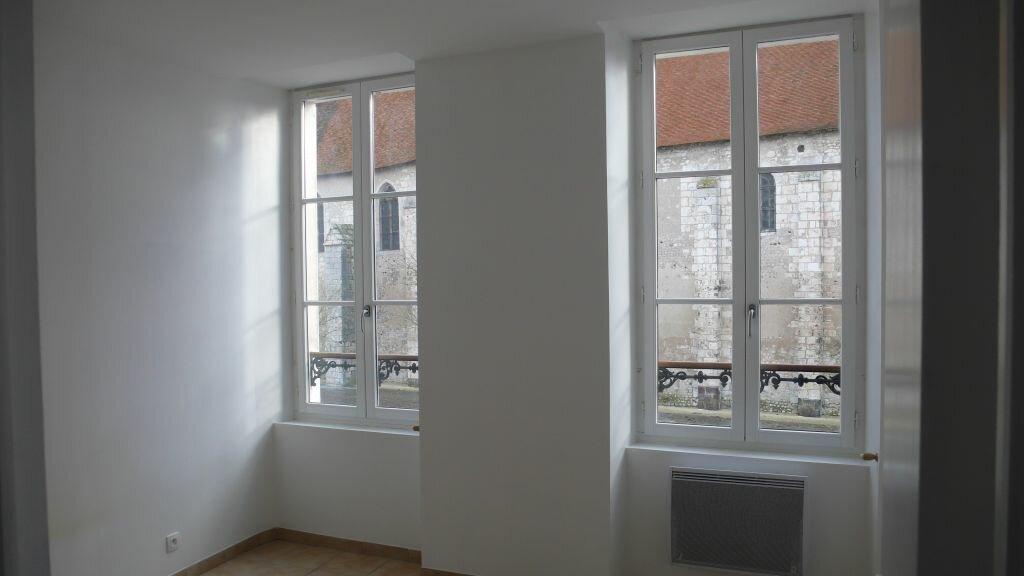 Appartement à louer 3 55.35m2 à Léré vignette-3