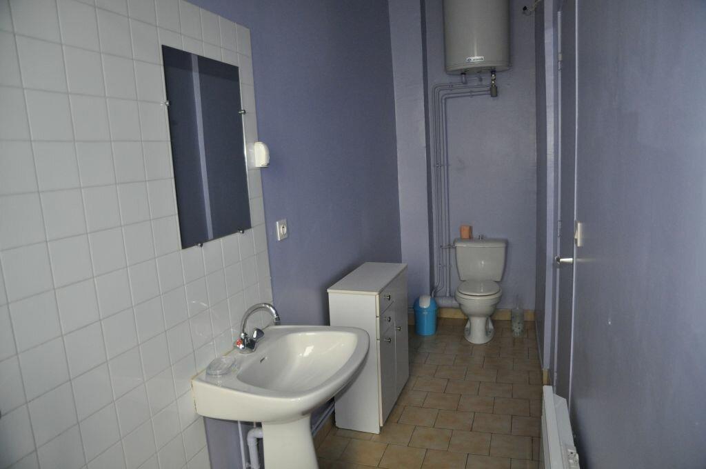 Appartement à louer 1 22m2 à Cosne-Cours-sur-Loire vignette-4