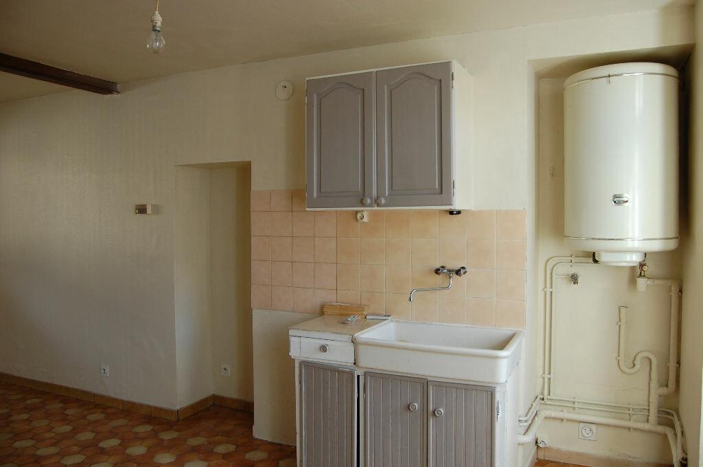 Maison à louer 2 34m2 à Saint-Satur vignette-3