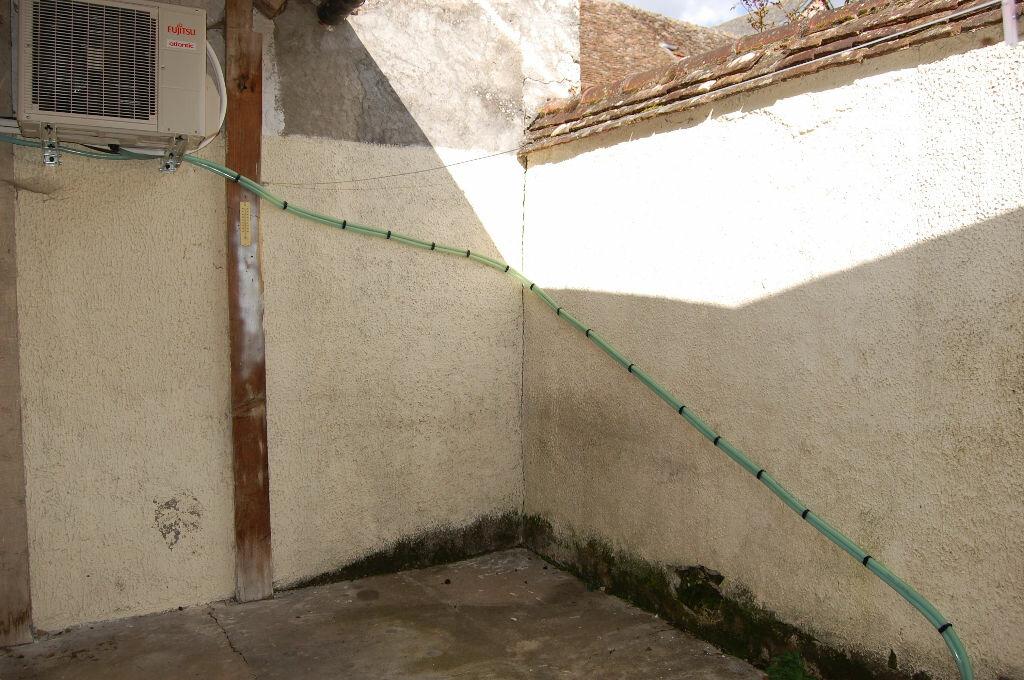 Maison à louer 2 34m2 à Saint-Satur vignette-15