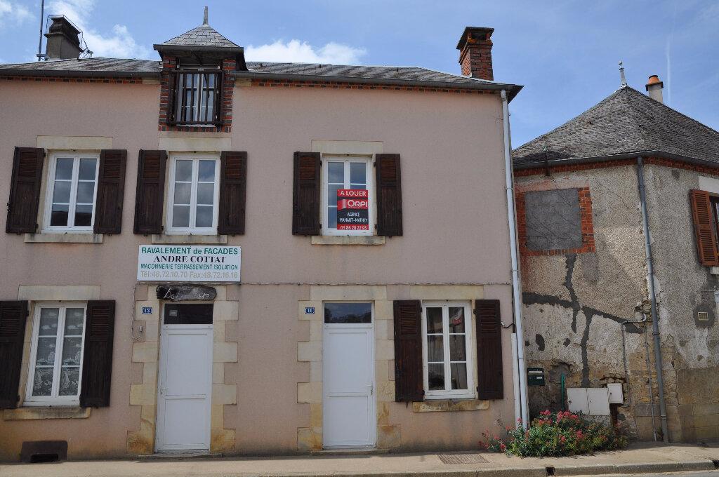 Maison à louer 2 58m2 à Savigny-en-Sancerre vignette-1