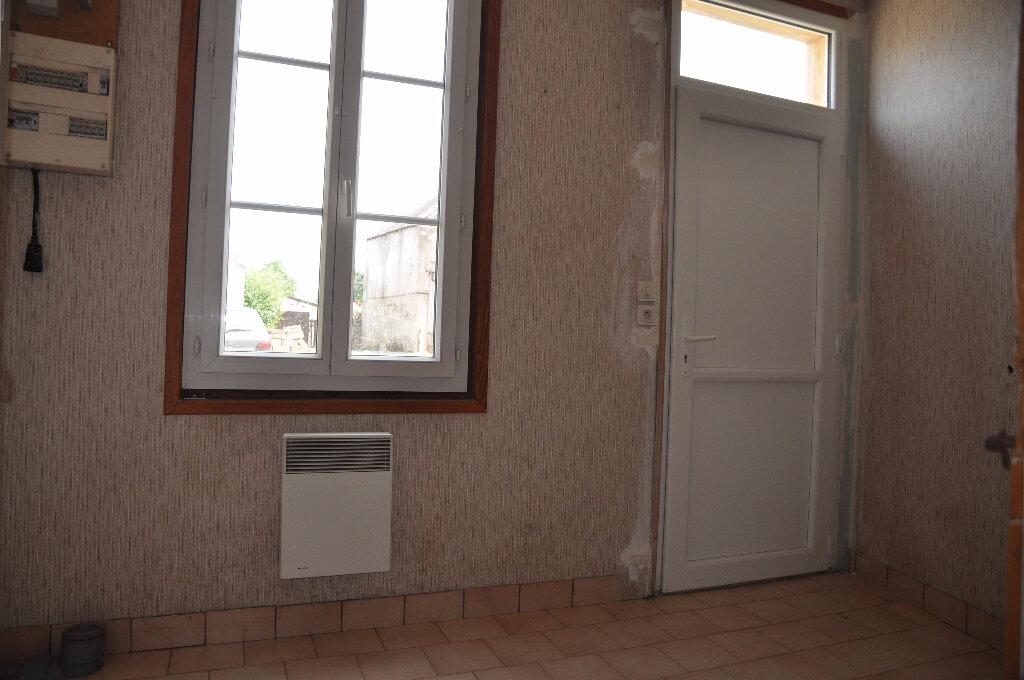 Maison à louer 2 58m2 à Savigny-en-Sancerre vignette-7
