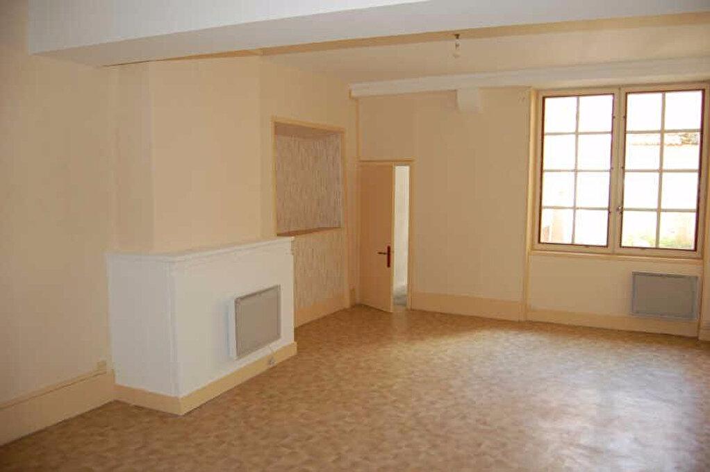 Appartement à louer 2 67m2 à Sancerre vignette-2