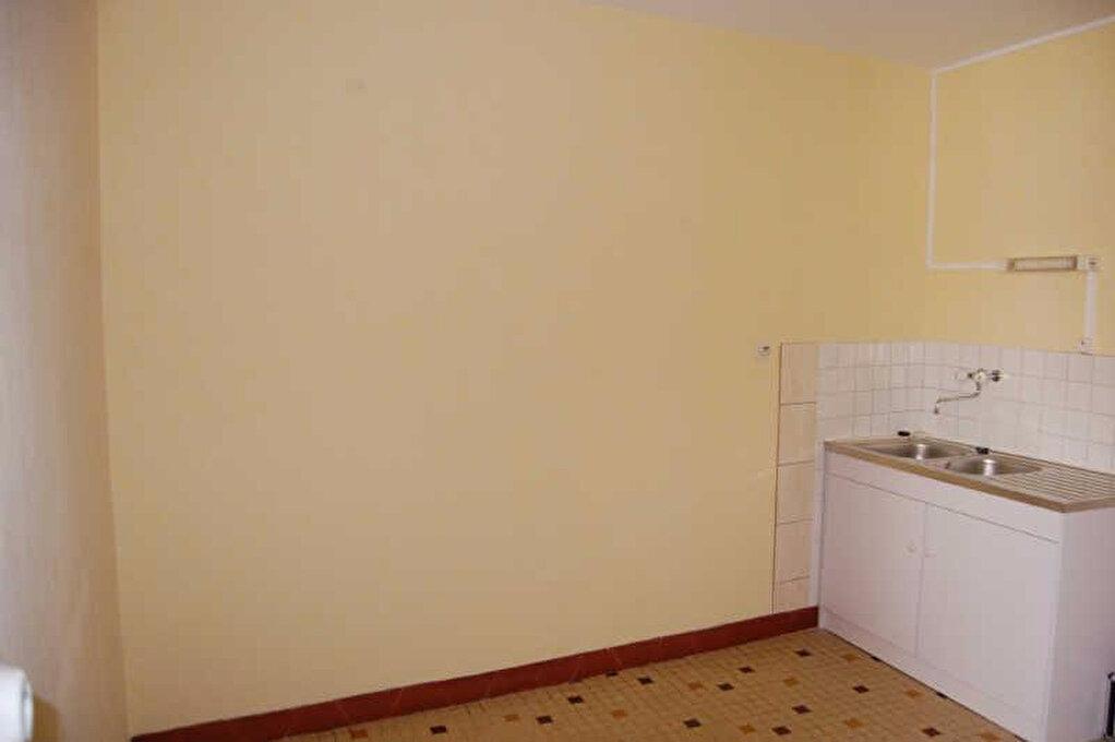 Appartement à louer 2 67m2 à Sancerre vignette-3