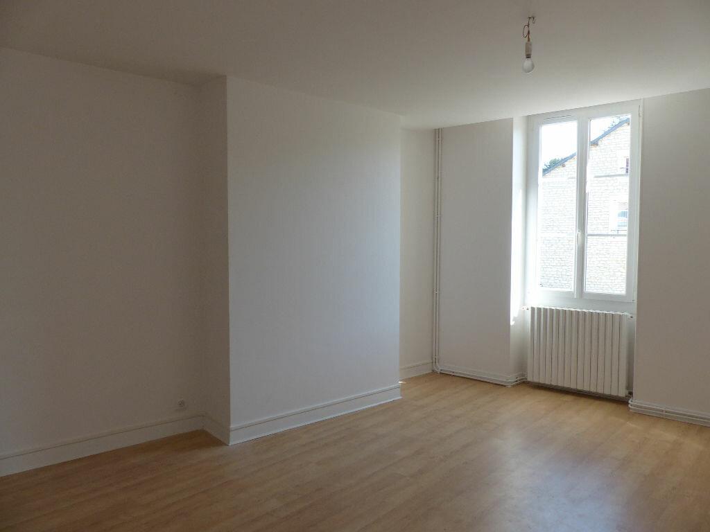 Maison à louer 4 130m2 à Donzy vignette-13