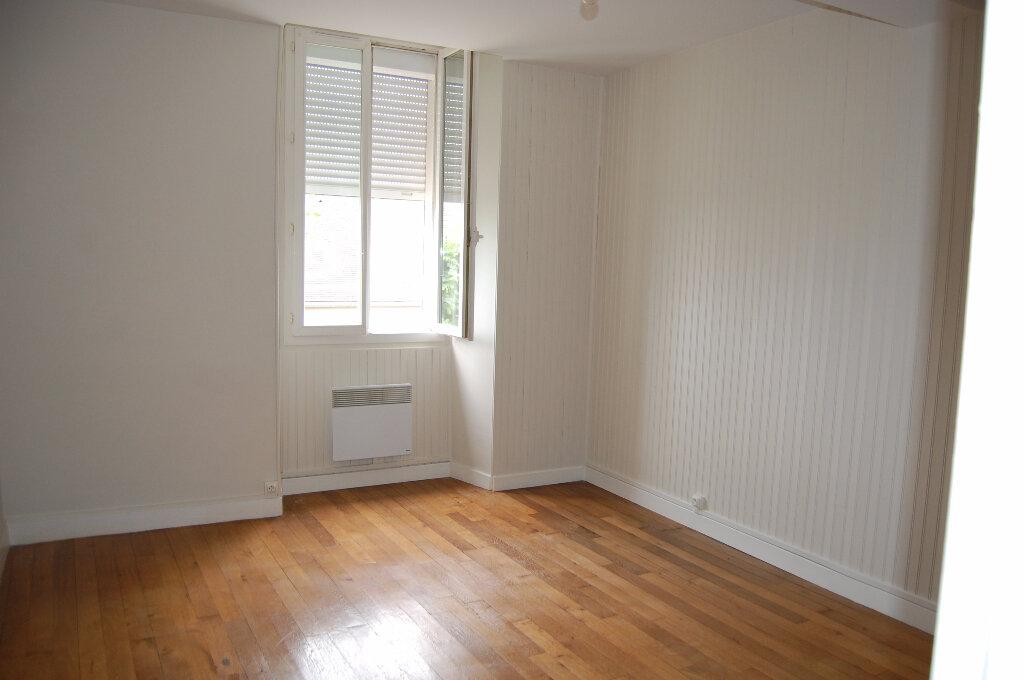 Appartement à louer 3 75m2 à Crézancy-en-Sancerre vignette-5