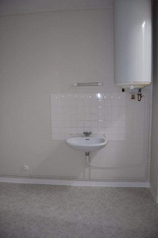 Appartement à louer 3 75m2 à Crézancy-en-Sancerre vignette-8