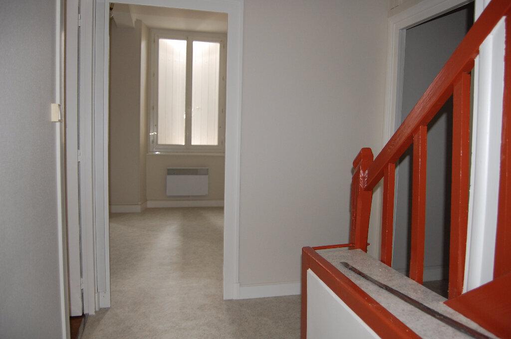 Appartement à louer 3 75m2 à Crézancy-en-Sancerre vignette-10