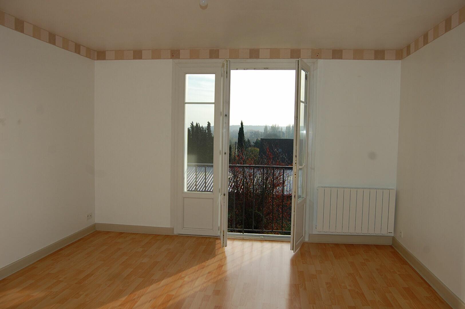 Appartement à louer 3 54m2 à Saint-Satur vignette-2