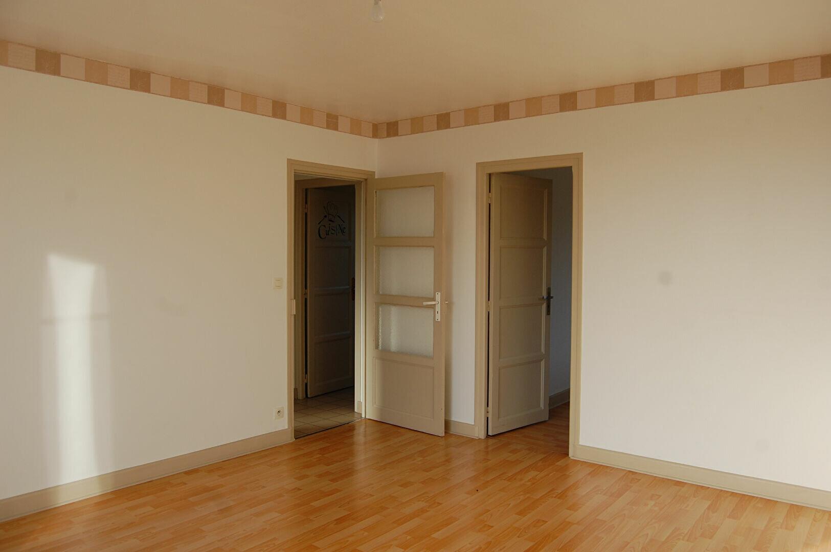 Appartement à louer 3 54m2 à Saint-Satur vignette-6