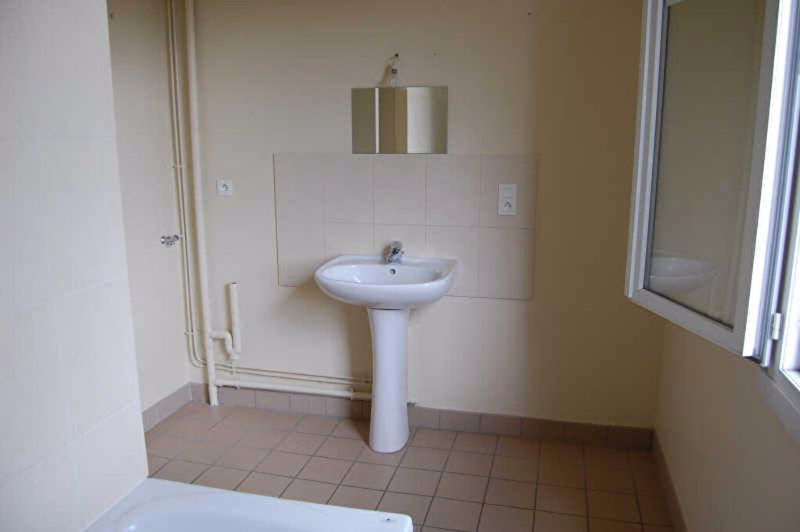 Appartement à louer 3 54m2 à Saint-Satur vignette-8