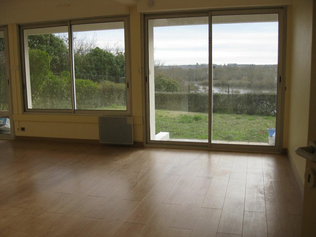 Appartement à louer 3 68m2 à La Charité-sur-Loire vignette-1