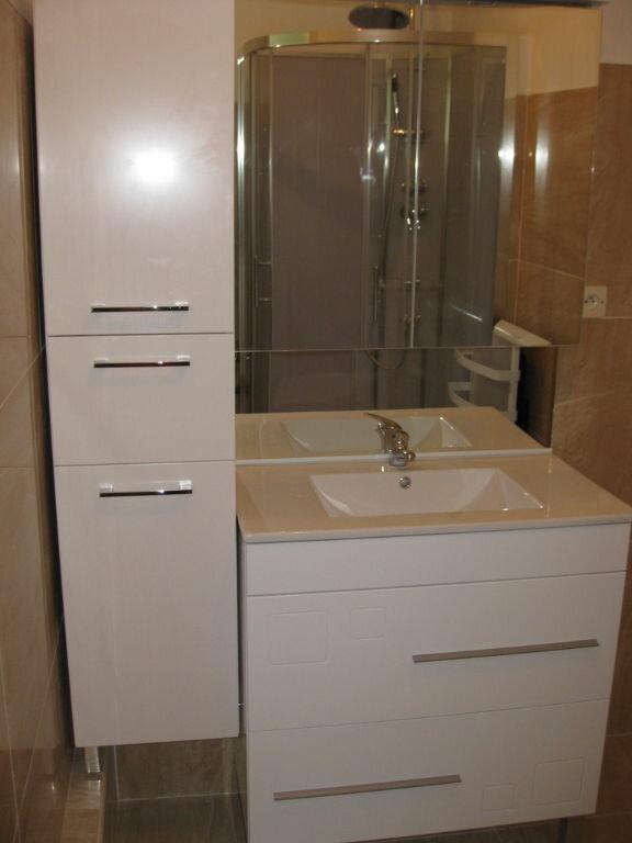 Appartement à louer 3 68m2 à La Charité-sur-Loire vignette-2