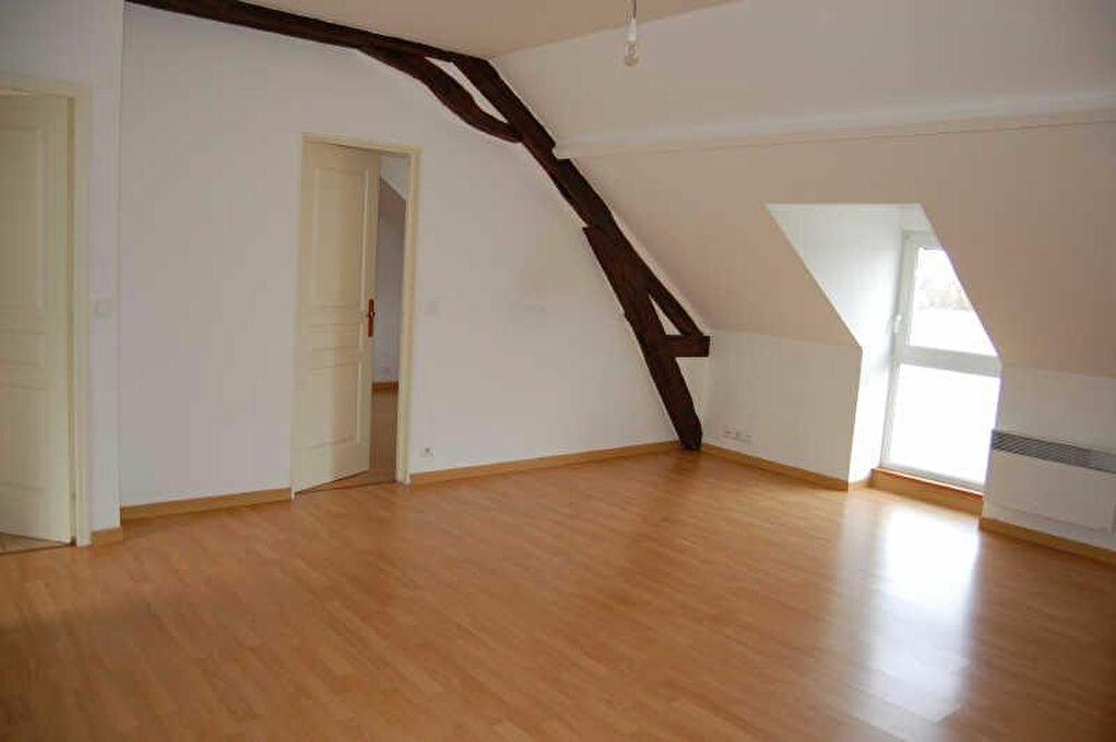 Appartement à louer 3 66m2 à Saint-Satur vignette-1