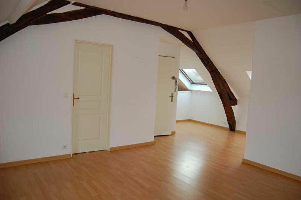 Appartement à louer 3 66m2 à Saint-Satur vignette-3