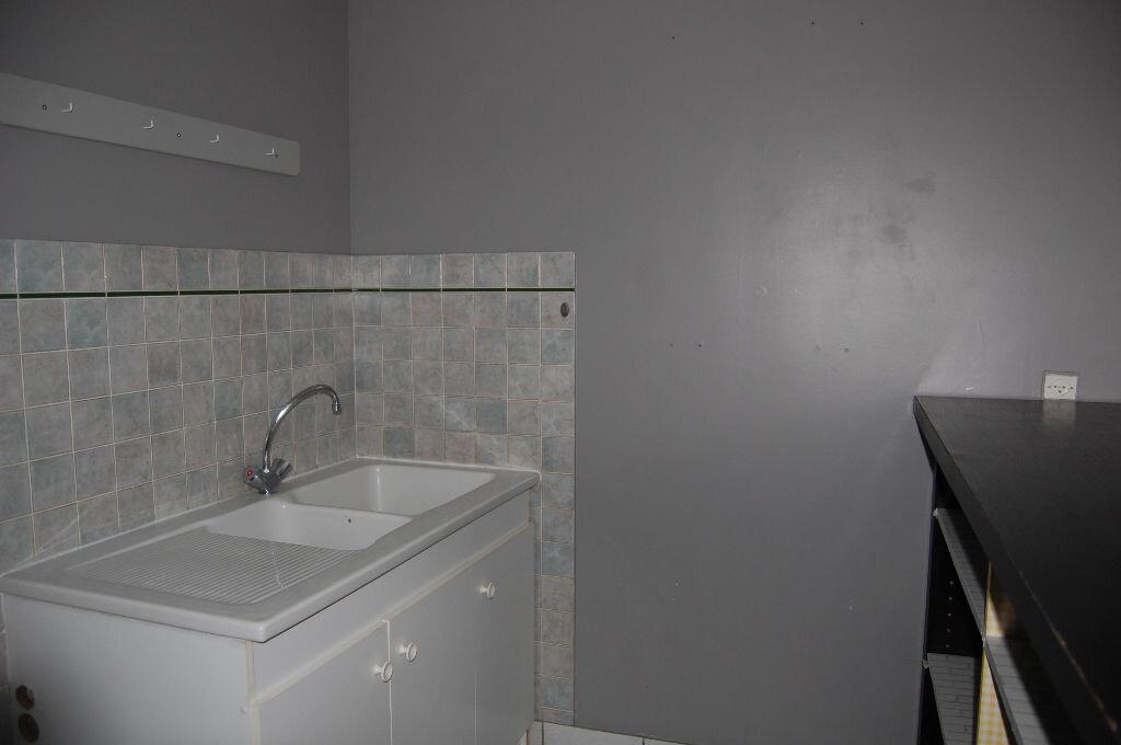 Appartement à louer 3 57m2 à Bué vignette-6