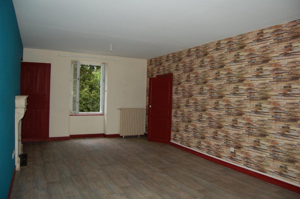 Maison à louer 5 153m2 à Saint-Satur vignette-3