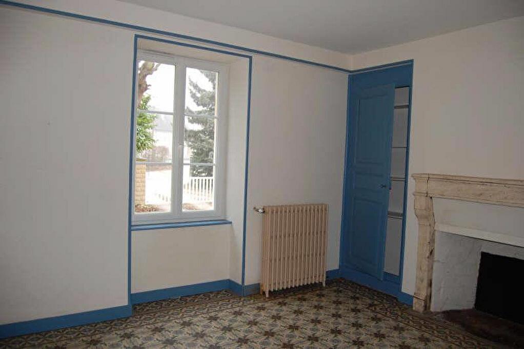 Maison à louer 5 153m2 à Saint-Satur vignette-4
