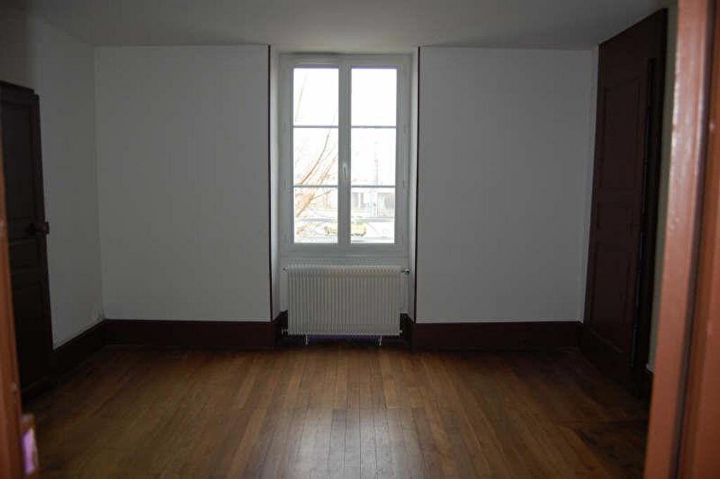 Maison à louer 5 153m2 à Saint-Satur vignette-13