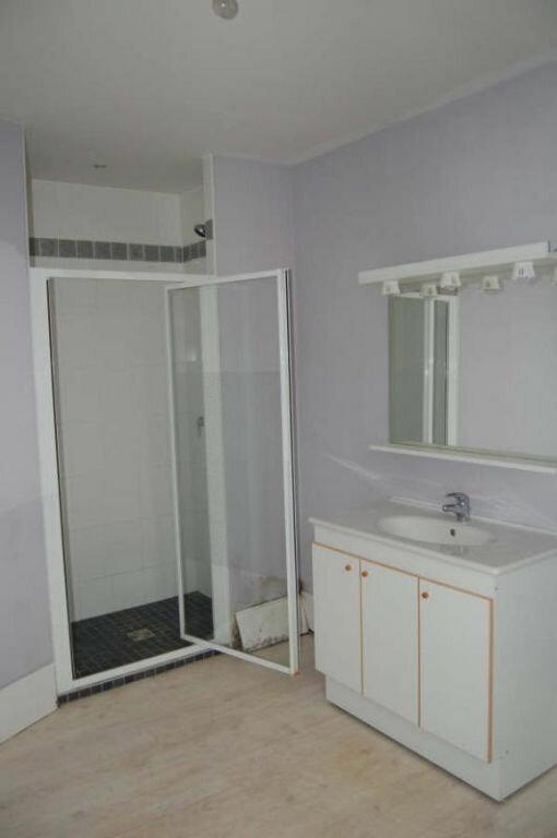 Maison à louer 5 153m2 à Saint-Satur vignette-15