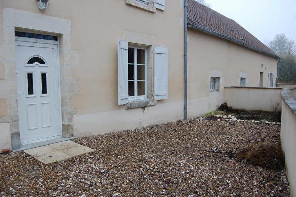 Maison à louer 5 153m2 à Saint-Satur vignette-18